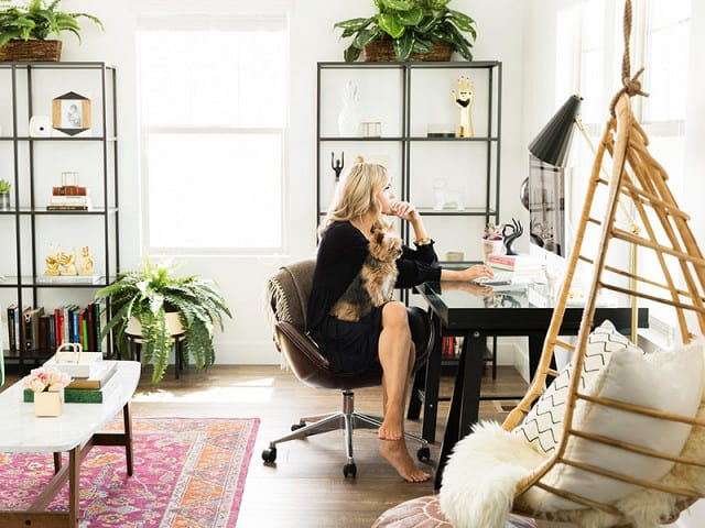 8 of the best websites for stylish and chic office for Stylish office table