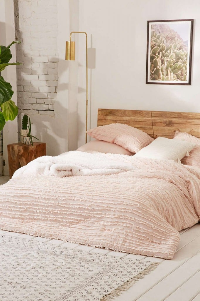 How To Create The Coziest Bed Ever In 5 Easy Steps